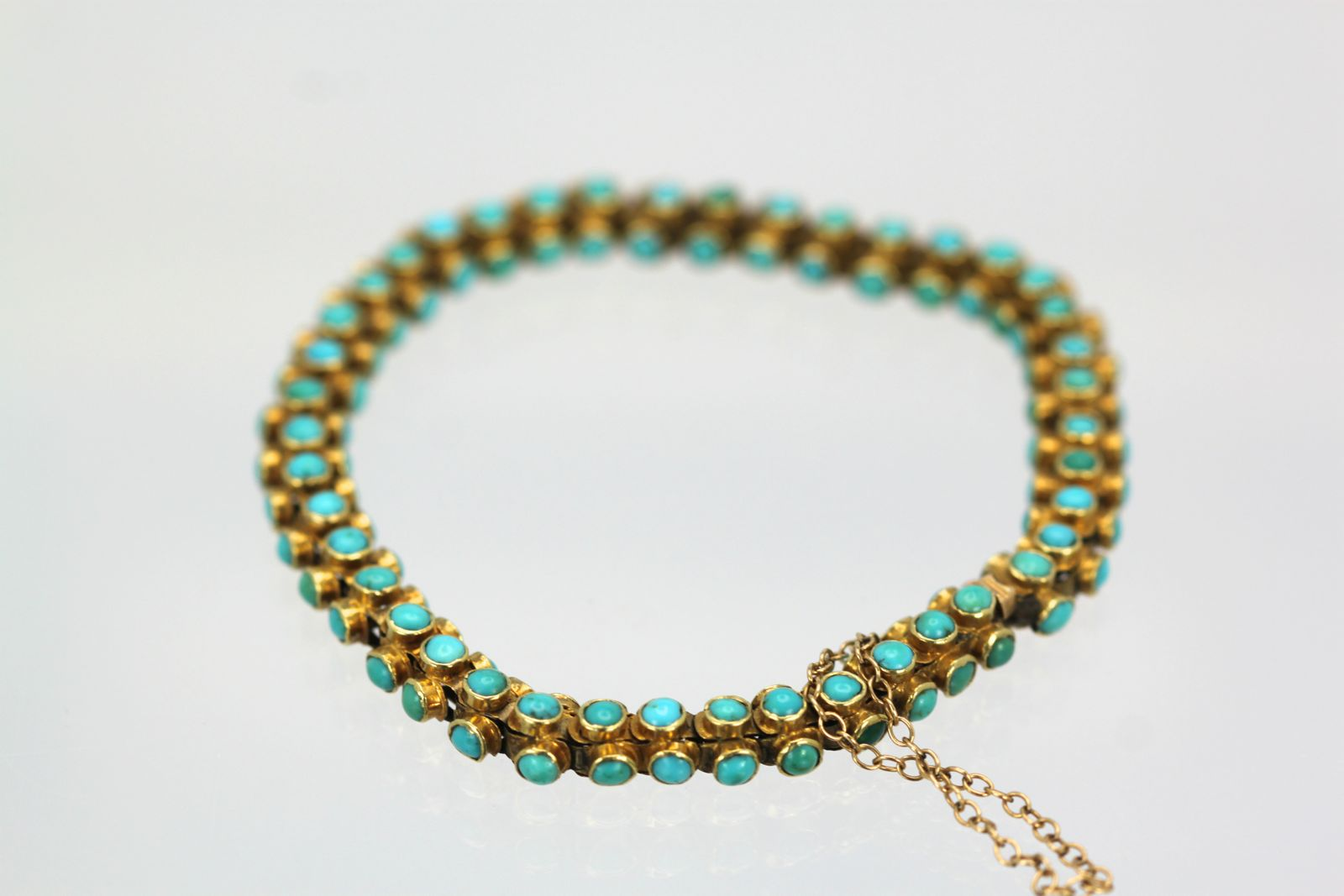 Img 6767 Antique Yellow Gold Turquoise Bracelet Round 6757